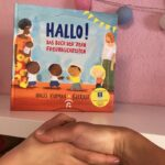 Kinderbuch Hallo - Das Buch der zehn Freundlichkeiten