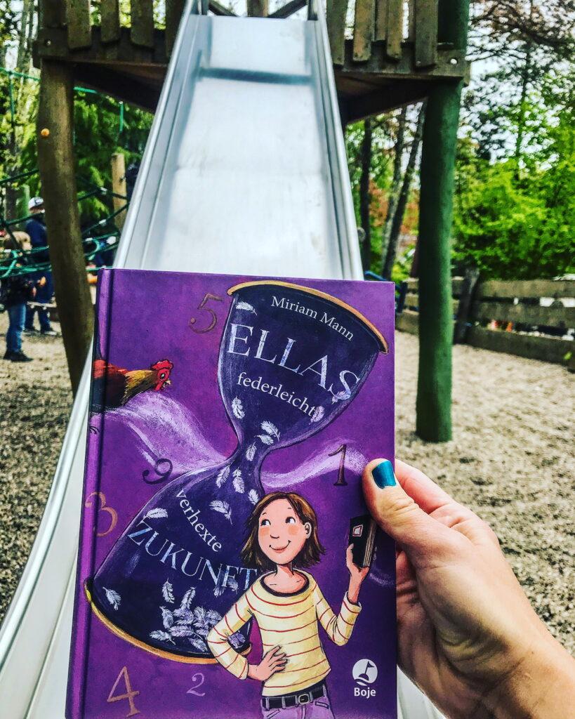 Kinderbuch Ellas federleicht verhexte Zukunft